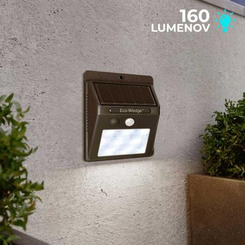 Solárne bezpečnostné LED osvetlenie SolarCentre Eco Wedge XT SS9849 160 Lumenov s pohybovým senzorom